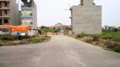 9 lô đất đường Hồng Bàng giá chỉ 380tr