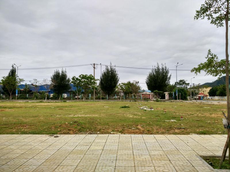 cần bán đất trung tâm Hòa Khánh