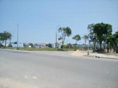 NỀN KDC NGANG CHỢ BÀ BỘ 91B, LG 12M, DT: 100M2 TC