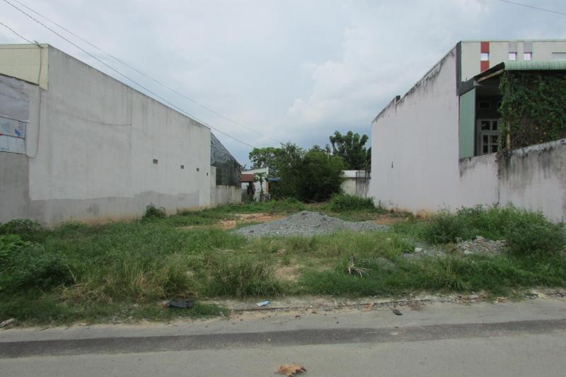 Cần bán gấp 1 lô Đất tại Phạm Văn Sáng