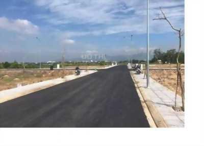 Gia đình định cư bán gấp đất mặt tiền Phạm Hùng, LH: 0941108198
