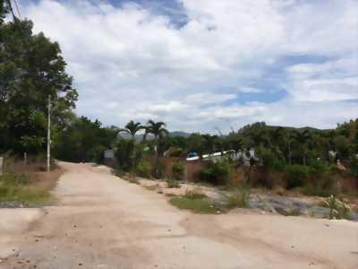 Đất nhà Phước Lộc-Nha Trang, giá 5.5tr/m2 betong 6m