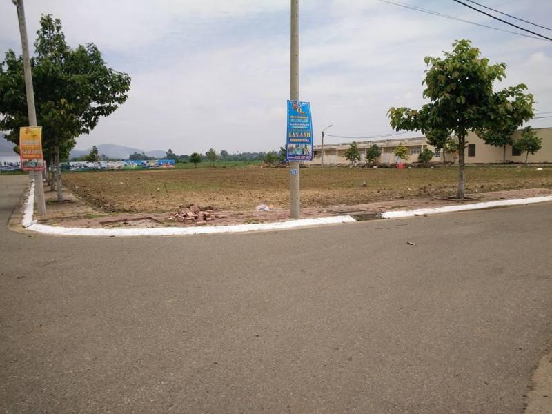 Bán đất thổ vườn cấp lộ 904 và sông mang thít