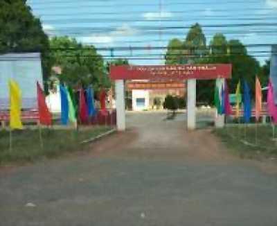 Cần bán nhanh lô đất tại KCN Đồng Xoài 1, gần ngân hàng Agribank giá chỉ 530tr. LH 0943792058
