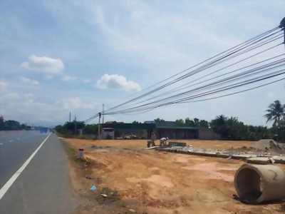 Cần bán gáp lô đất mặt tiền đường Quốc Lộ 1A thị xã Ninh Hòa, tỉnh Khánh Hòa, kế bên Dốc Lết