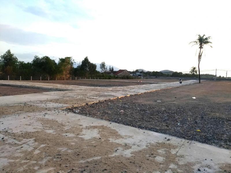 Đất gần bãi biển Dốc Lết Nha Trang Khánh Hòa nằm ngay mặt tiền đường QL 1A