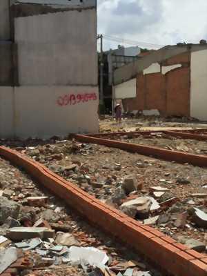 Bán đất ngay xa lộ hà nội  quận 9 giá 2ty3/68m2