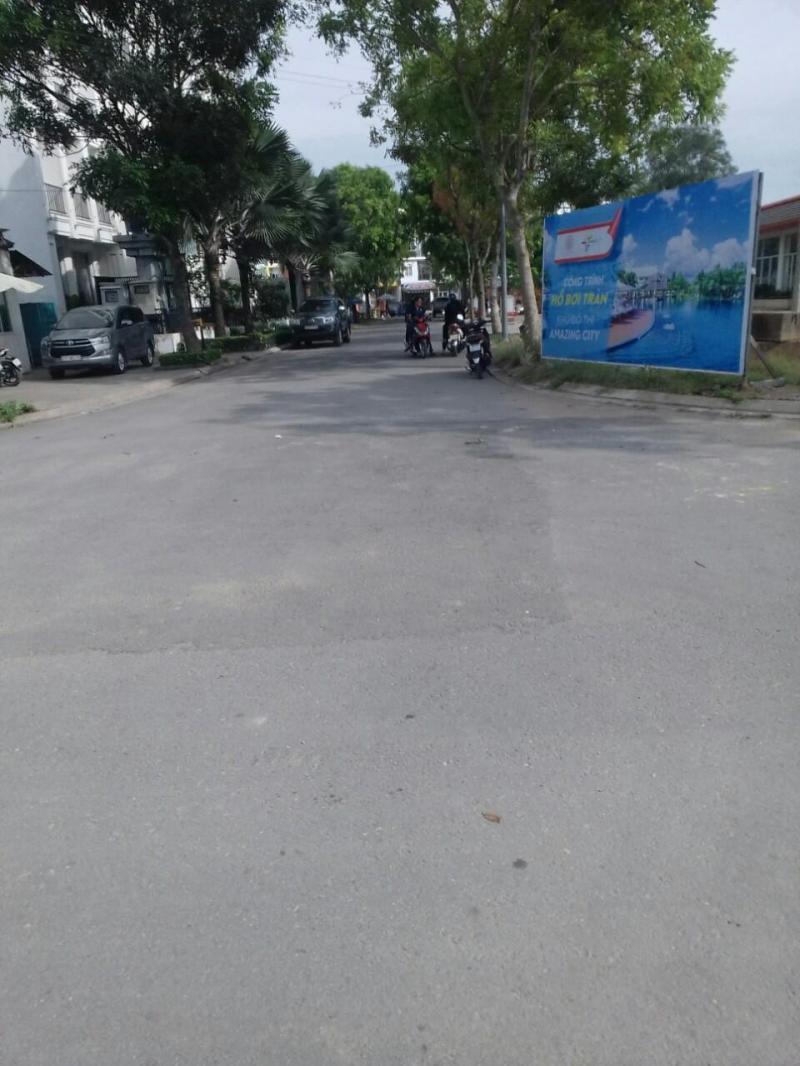 Đất mặt tiền Bình Tân gần chợ Bonchen TL10