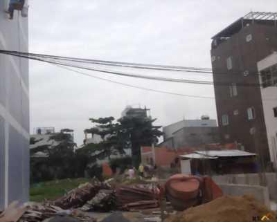 Tôi cần bán lô đất hẻm, đường Nguyễn Hữu Thoại, quận Bình Thạnh