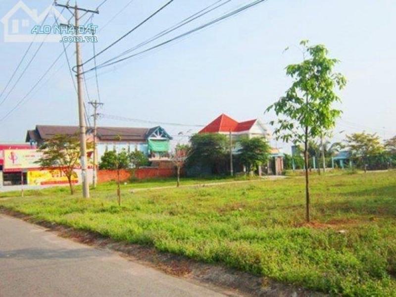 Bán đất gần trung tâm hành chính quận và trường Đại Học Việt Đức, gần khu du lịch sinh thái. Liên hệ ngay: 0969 739 583 gặp ( a nam)