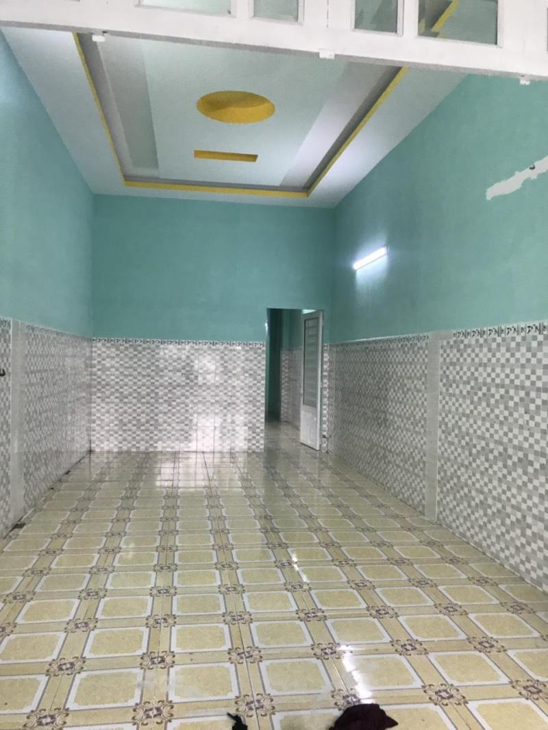 GĐ PHÁ SẢN BÁN NHÀ CẤP 4 (150M2 (5X30) GIÁ RẺ + 300M2 ĐẤT T/C 100% SỔ RIÊNG.GIÁ 500TR.LH: 0969.739.583   *Thông Tin Nhà  -Đất Thổ cư 100%  -Bao gồm 3 phòng ngủ, 3 toalet, 1 phòng khách, 1 phòng bếp, 1 phòng thờ, c�