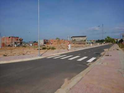 Bán đất chính chủ 77m2, sát bên trường học đang xây