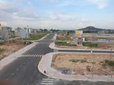 cần bán nhanh lô đất khu dân cư hơn 1500 nền quy hoạch chuẩn singapre lh 0978 019 522