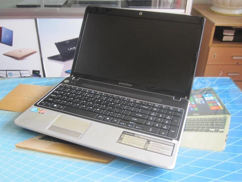 Laptop Dell Core i5 ổ cứng 320g máy rất mới pin 2h