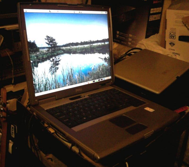 Laptop dell latitude d505