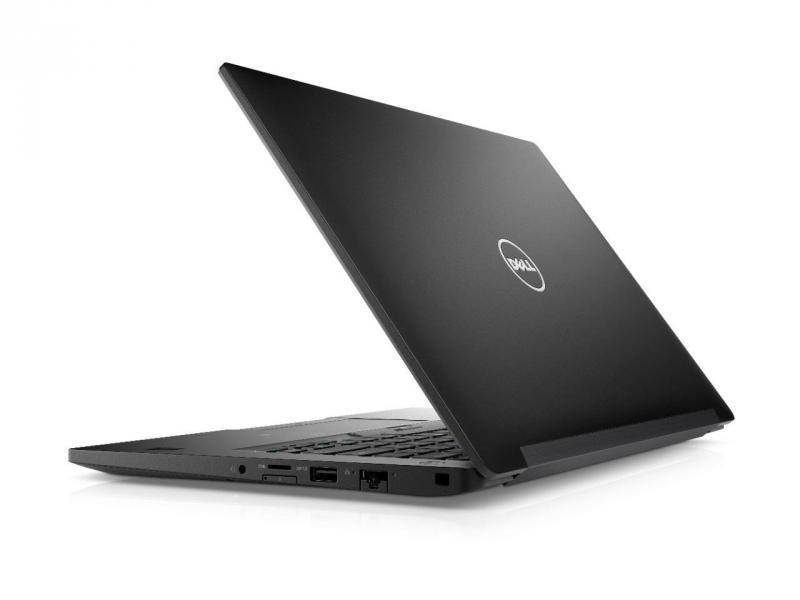 Laptop Dell Precision 5520 đầu 2018