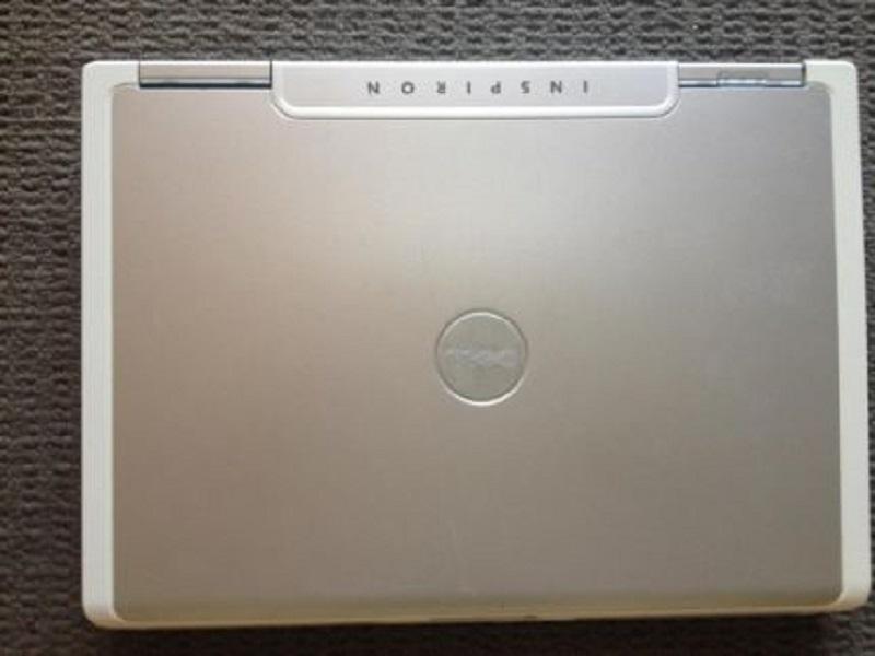 Dell inspiron co i2 t5500 ram 2g b HDD 60gb