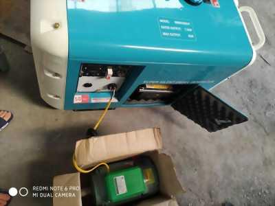 Máy phát điện bamboo chạy dầu 7,5kw siêu chống ồn, có tủ ATS