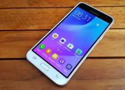 Bán điện thoại Samsung j3 , nữ sử dụng, còn mới 99%
