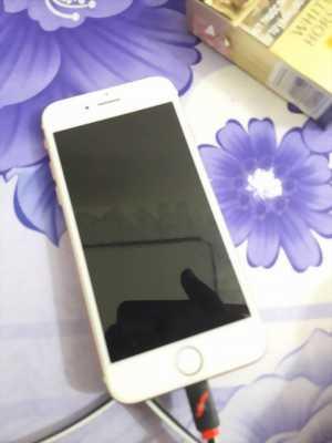 Cần bán IPhone 7