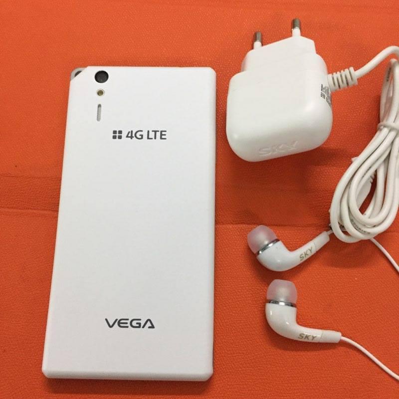 Sky Vega A870 bản Hàn Quốc