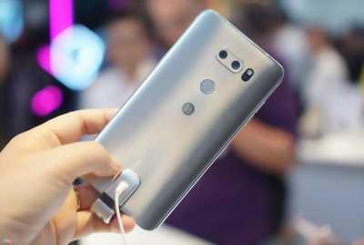 Điện thoại LG V30 Plus