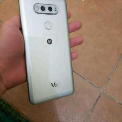 LG V20 Bạc nứt kính thay 200k