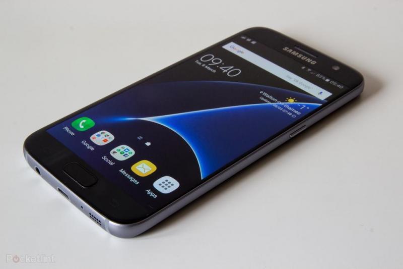 Tại sao điện thoại samsung hay bị đơ? Khắc phục ra sao