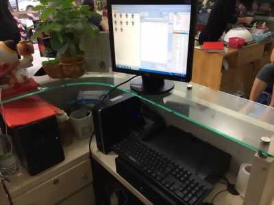 Bán máy tính tiền cho tiệm nails, spa tại Hà Nội