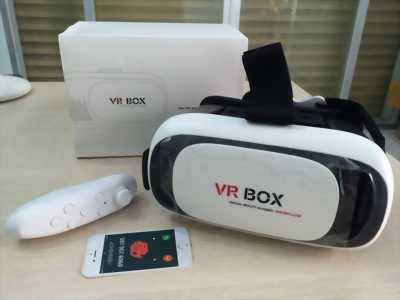Kính thực tế ảo và Tay cầm chơi game Bluetooth