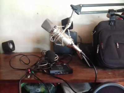 Bộ mic thu âm và hát online Libablue k 600