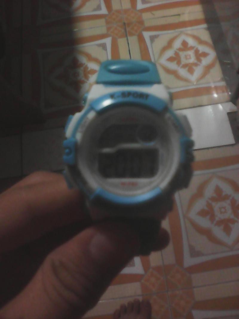Đồng hồ đeo tay giá rẻ