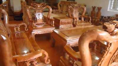 Thanh lí 10 cái ghế gỗ
