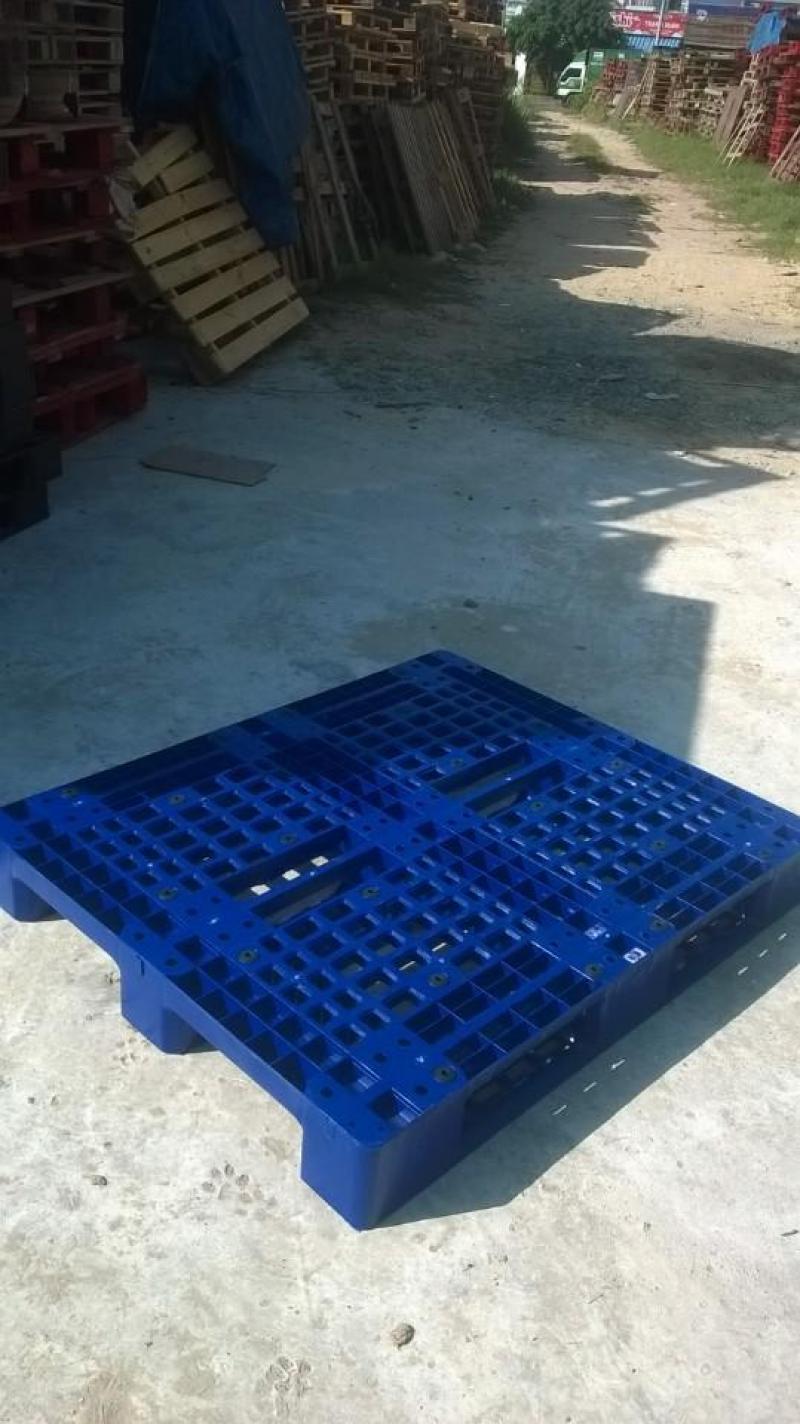 Chuyên cung cấp các loại hàng hóa pallet nhựa ĐÀ NẴNG