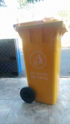 Cung cấp các loại thùng rác nhựa,pallet gỗ tại đà nẵng