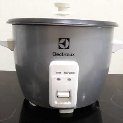 Electrolux - Nồi cơm điện 1,8l ERC1800