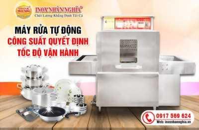 Đầu tư máy rửa bát công nghiệp cho bếp ăn siêu tiết kiệm