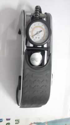 Bơm hơi 1 piston (có đồng hồ đo áp suất), còn rất mới
