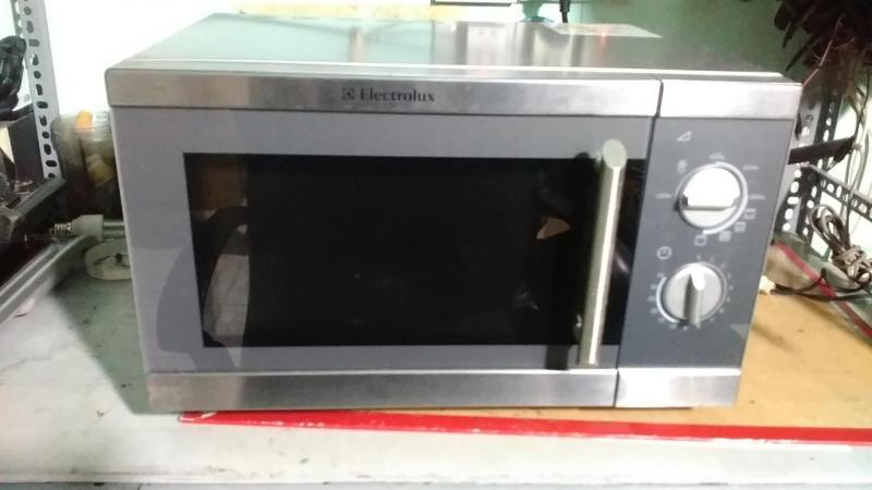 Chuyên sửa lò vi sóng, sửa bếp điện từ, sửa bếp hồng ngoại