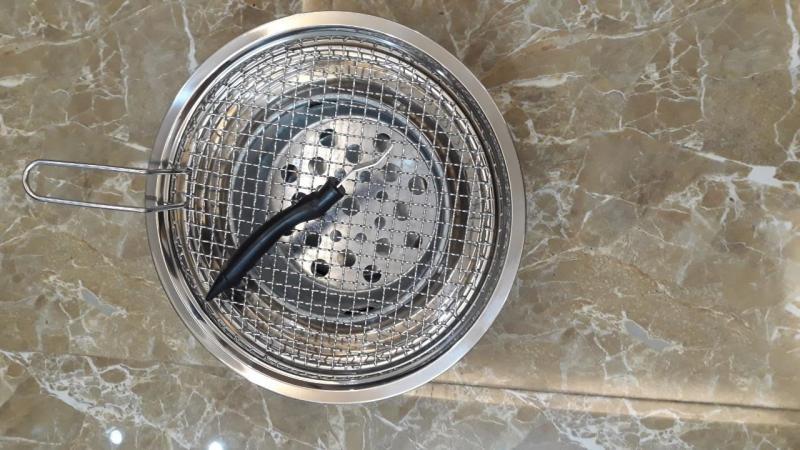 Bán bếp nướng than hoa inox đặt âm bàn giá rẻ kèm vỉ nướng inox 304 cao cấp có tay cầm