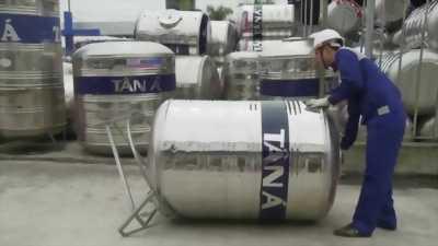 Bán bồn inox một khối cả chân hai triệu rưỡi p.an