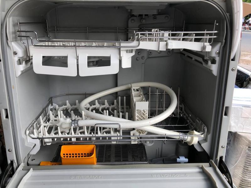 Máy rửa chén PANASONIC TR8 DATE 2014