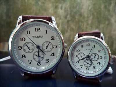 Đồng hồ cặp (2 cái).