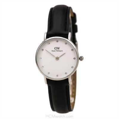 Cần bán đồng hồ dw hàng mới nguyên hộp