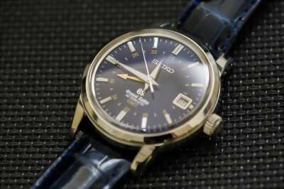 Đồng hồ Seiko type 2