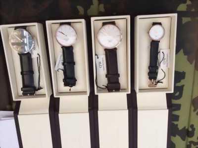 Đồng hồ DW xách tay cực Hot