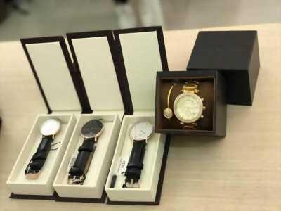 Đồng hồ xách tay nhật Daniel Wellington mới 100%