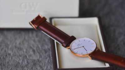 Bán đồng hồ DW chính hãng classic