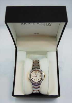 Đồng hồ Anne Klein New York