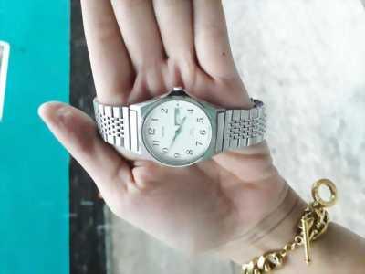Đồng hồ xách tay nhạt bản Junction Vega